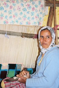 Aicha and her loom